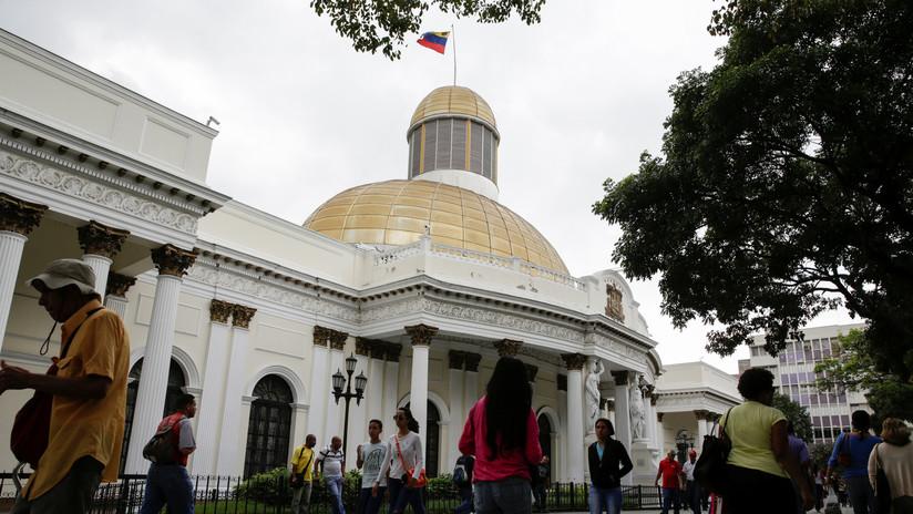"""Venezuela: Asamblea Nacional en desacato """"designa"""" a funcionario diplomático"""