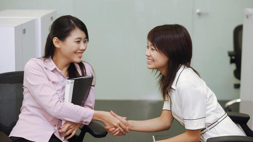 Trabajadoras solteras de China tienen 8 días más de vacaciones para concertar citas amorosas
