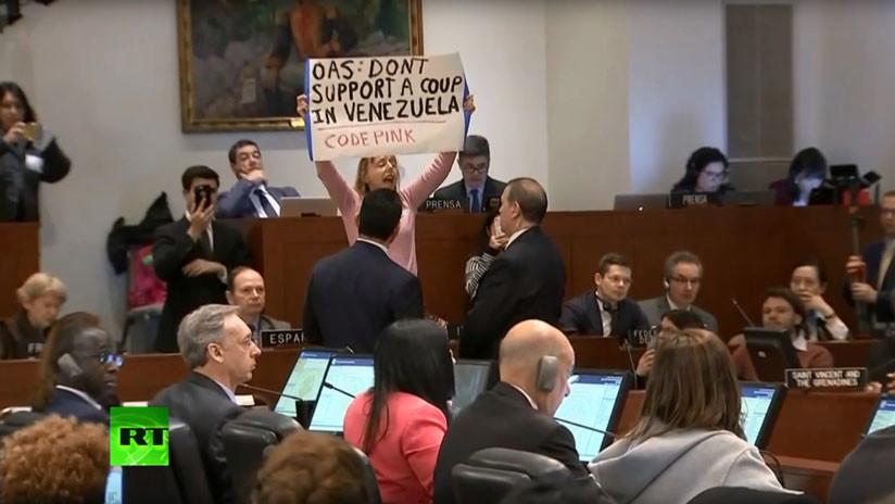 """""""No apoyen un golpe de Estado en Venezuela"""": Manifestante irrumpe en la reunión de la OEA (VIDEO)"""