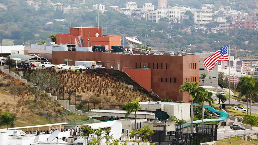 EE.UU. ordena salir de Venezuela a parte de su personal diplomático
