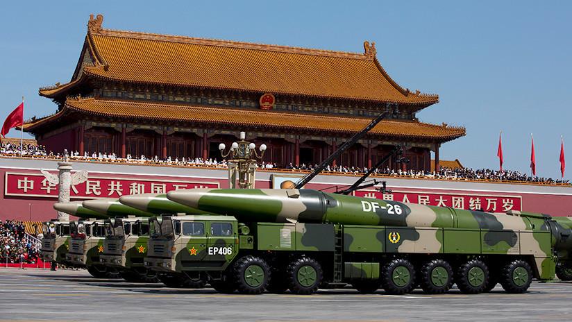 FOTOS, VIDEO: Captan el lanzamiento del misil balístico 'mataportaaviones' de China