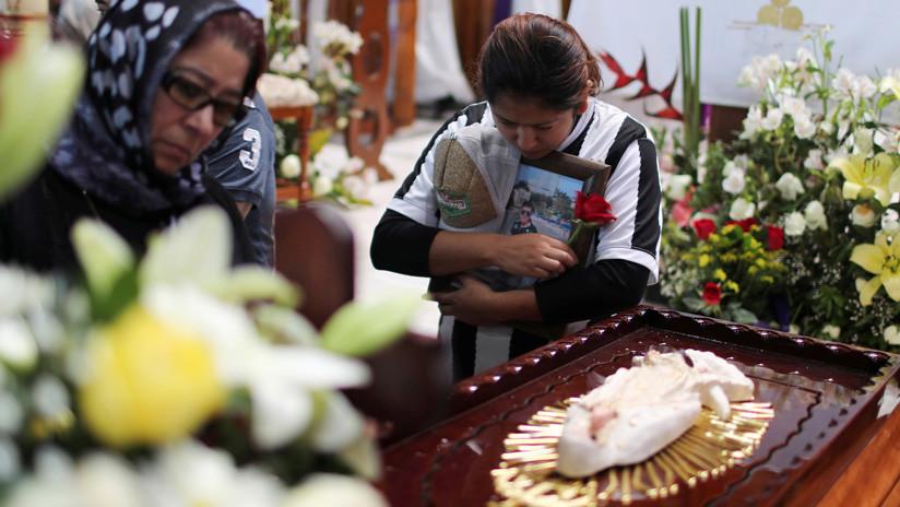 Asciende a 109 el número de muertos por la explosión del oleoducto en México