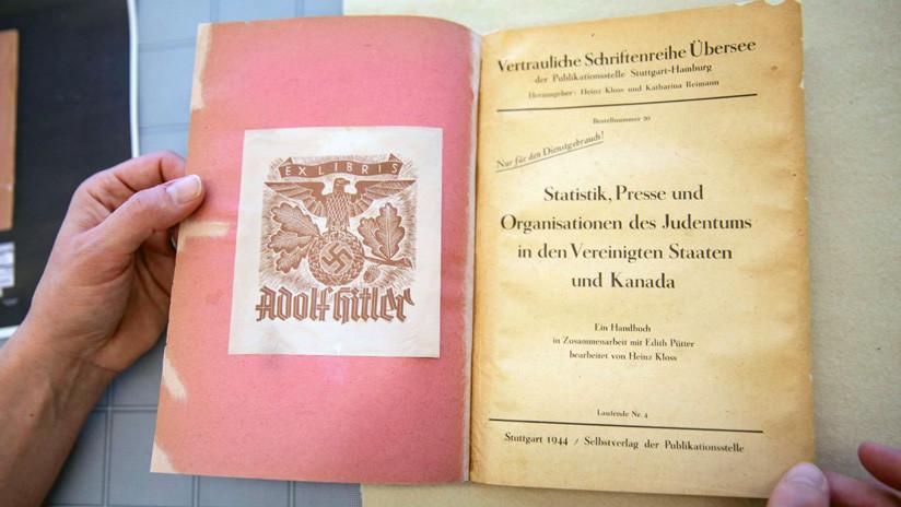 Aseguran que un libro que perteneció a Hitler describe una 'solución final' para Canadá