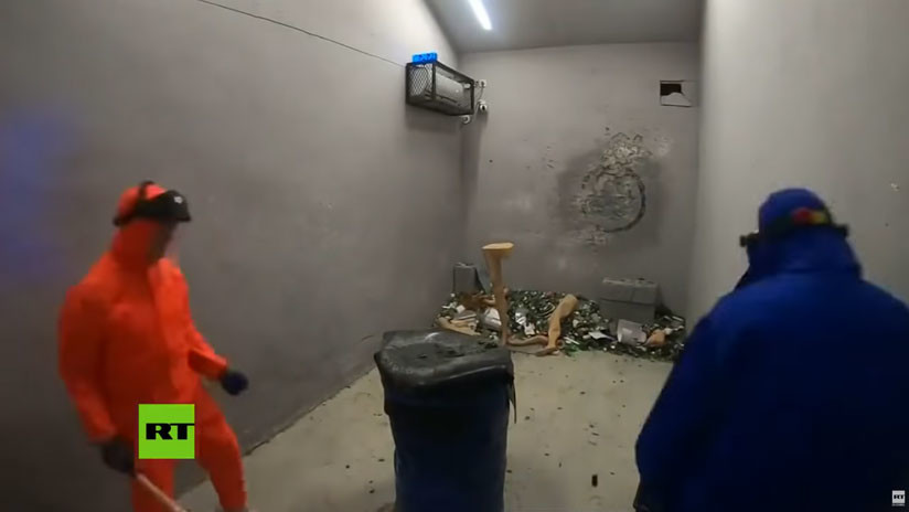 VIDEO: Chinos descargan su rabia en las 'salas de la ira'
