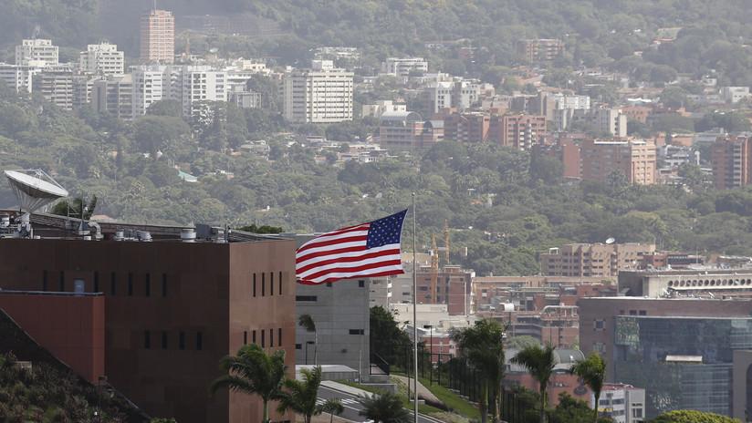 ¿Qué puede pasar en Venezuela si los funcionarios de EE.UU. desacatan la orden de desalojar la embajada?
