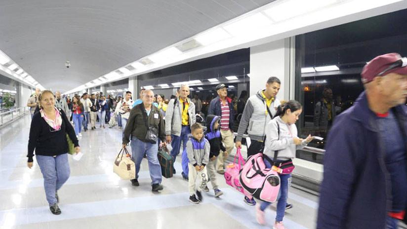 540 venezolanos regresaron este fin de semana a su país con el plan gubernamental 'Vuelta a la Patria'