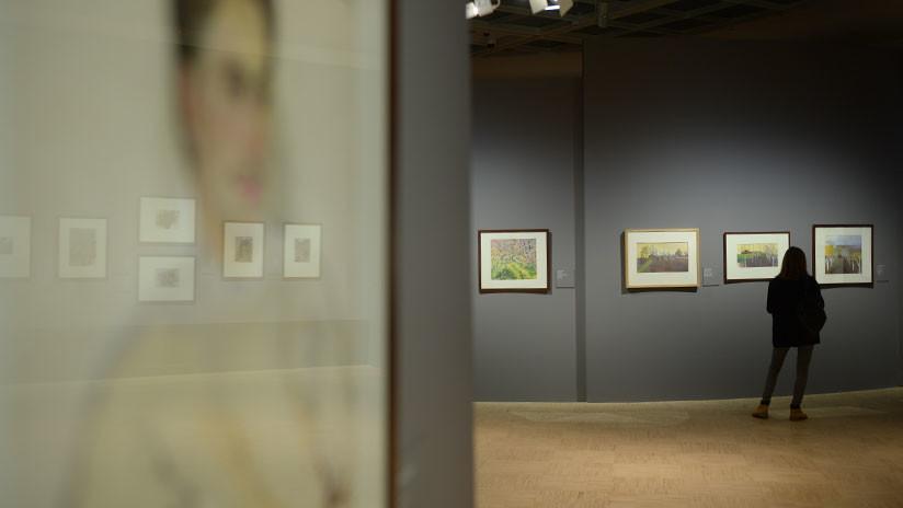 """""""Lo sacó del marco y se fue"""": Roban un cuadro de un famoso paisajista ruso de un museo de Moscú en pleno día"""