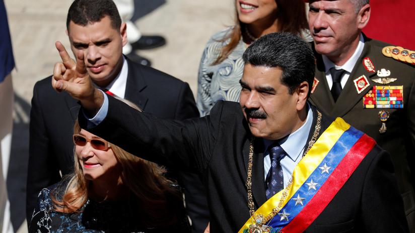 """Kremlin llama """"bulo"""" la publicación de que Rusia proporcionó seguridad a Maduro"""