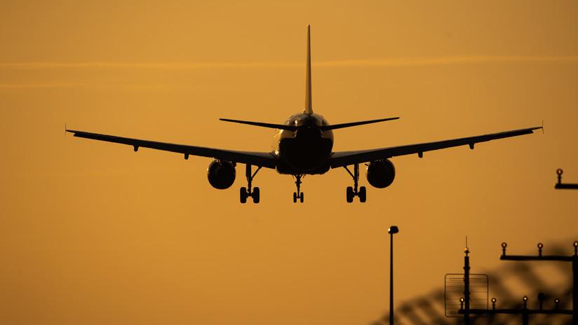 VIDEO: Ráfagas provocan terroríficos despegues y aterrizajes en el aeropuerto de Newcastle