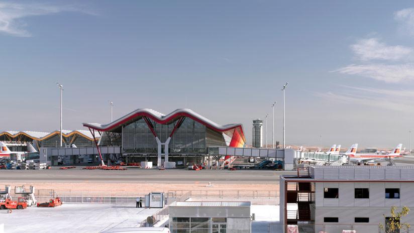 Un avión abandonado en el aeropuerto de Madrid podría ser subastado el próximo año