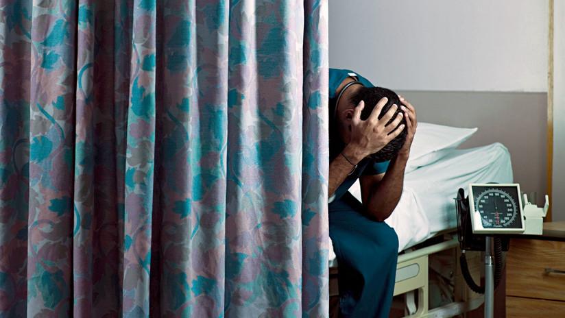 """""""Una eterna sala de espera"""": Los olvidados en la salud pública de Argentina"""