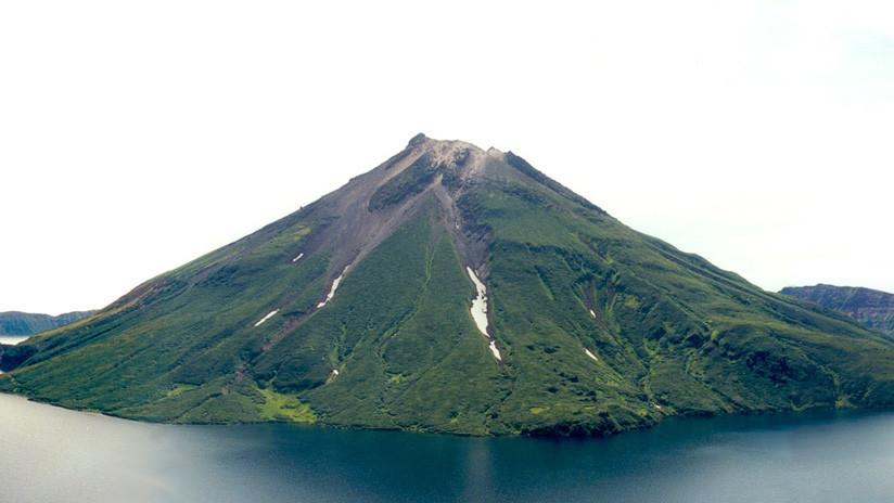 FOTO: Captan desde el espacio un volcán 'inaccesible' de las islas Kuriles