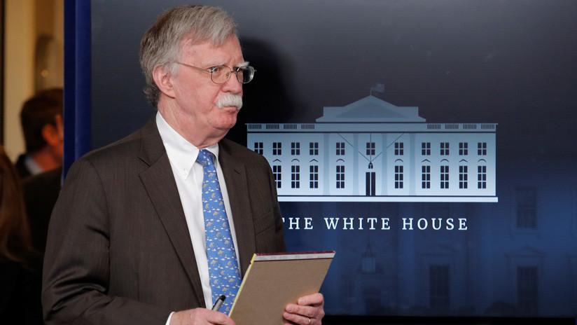 """Bolton señala  que """"habrá serias consecuencias"""" para aquellos que intenten """"dañar"""" a Guaidó"""