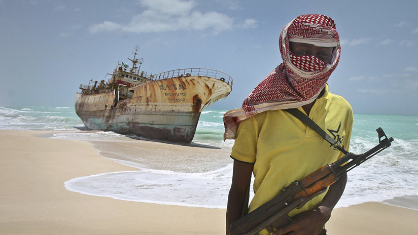 Piratas liberan a 6 marineros rusos secuestrados en el golfo de Guinea
