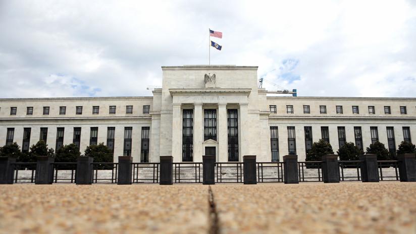 """La Reserva Federal de EE.UU. congela las tasas de interés y afirma que será """"paciente"""""""