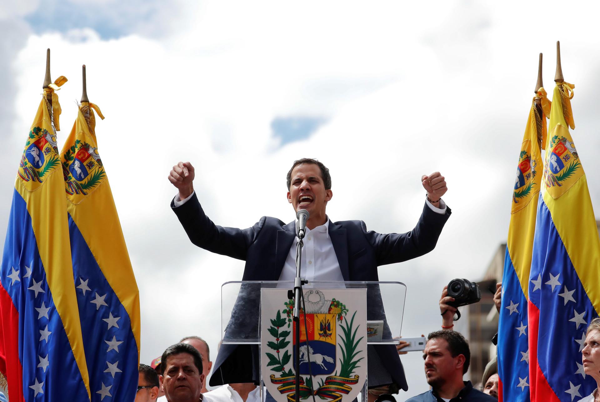 Siga en directo la alocución de Juan Guaidó
