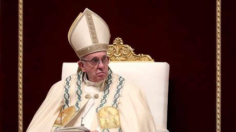 El papa Francisco durante el Te Deum en la Basílica de San Pedro, El Vaticano, 31 de diciembre de 2018.