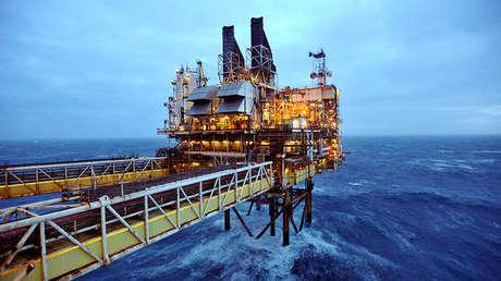 Una plataforma petrolífera de BP en el Mar del Norte.