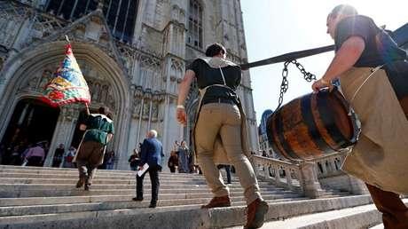 Imagen ilustrativa. Frente a una catedral en Bélgica, el 7 de septiembre de 2017