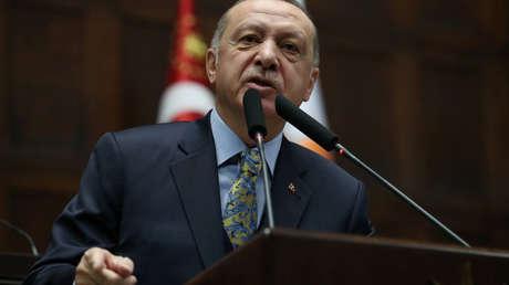 El presidente turco, Tayyip Erdogan durante una reunión en el parlamento turco en Ankara, Turquía, el 15 de enero de 2019.
