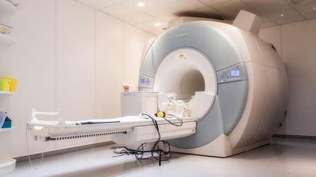 Imagen ilustrativa. Un escaner de resonancia magnética