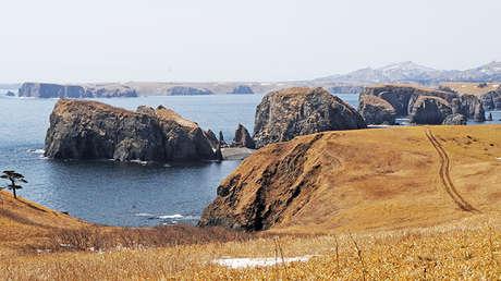 El cabo Krab ('cangrejo', en español) en la isla de Shikotan, Rusia.