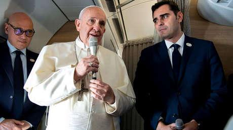 El papa Francisco en una conferencia de prensa en el avión en el que viaja a Panamá. 23 de enero de 2019.