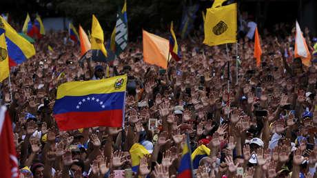 Manifestantes antigubernamentales en Caracas, Venezuela, el 23 de enero de 2019.