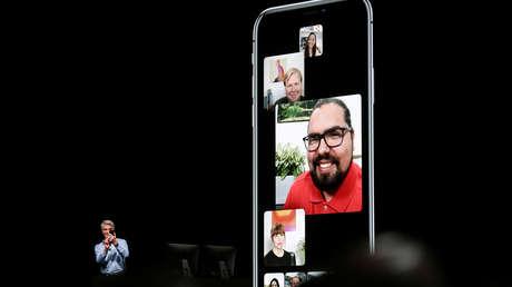 Craig Federighi, de Apple, presenta la función de llamadas grupales de FaceTime en un evento en San José, California, EE.UU.