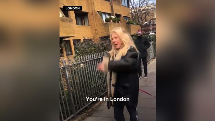 VIDEO: Una mujer insulta a unos jóvenes brasileños en Londres por hablar en portugués