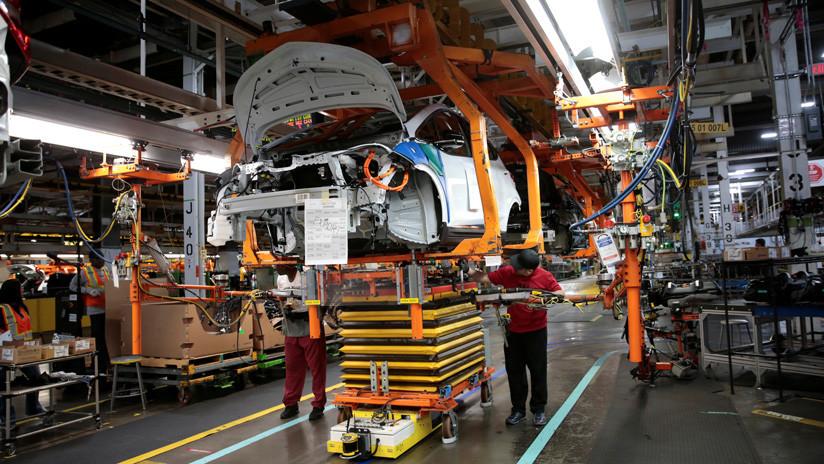 """La """"histórica"""" huelga de 45.000 obreros en la frontera norte de México que sacude a la industria automotriz de Norteamérica"""