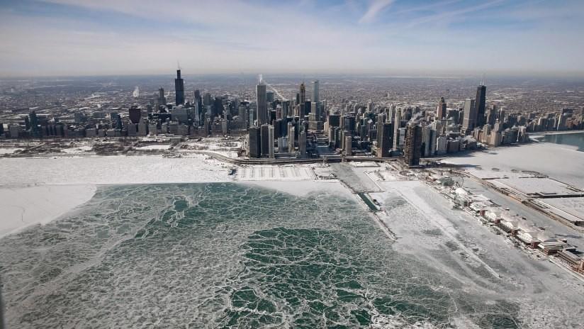 FOTOS: El vórtice polar petrifica Chicago