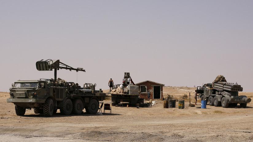 SANA: Un ataque aéreo de la coalición destruye un sistema de artillería en el este de Siria