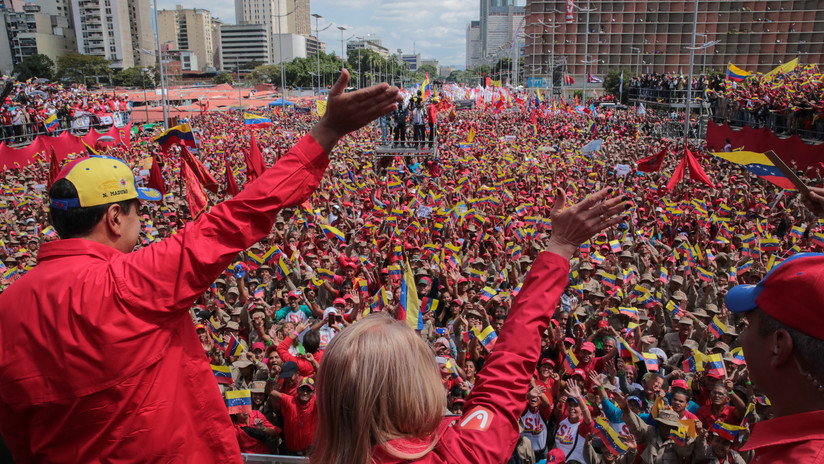 """""""¡Si queremos paz, preparémonos para defenderla!"""": Maduro anuncia la inclusión de los milicianos en la FANB"""