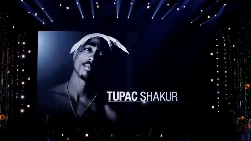 """Un productor asegura que Tupac está vivo y """"grabando música en un estudio"""""""