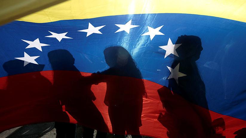 MINUTO A MINUTO: La crisis en Venezuela divide al mundo