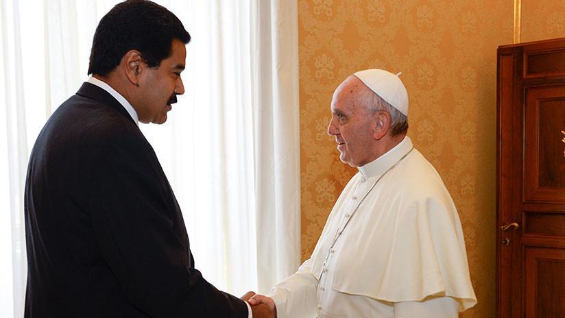 Maduro envía una carta al papa Francisco para que ayude a facilitar el diálogo en Venezuela