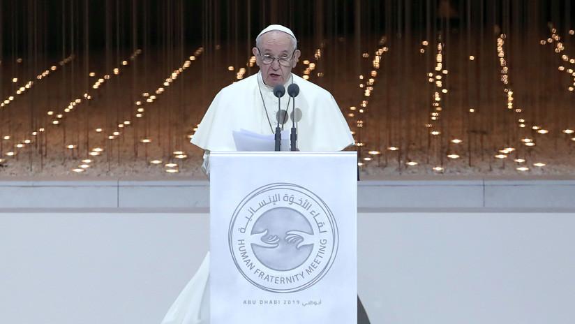 """El papa Francisco cita una obra del """"autor moderno"""" Dostoyevski en Abu Dabi"""