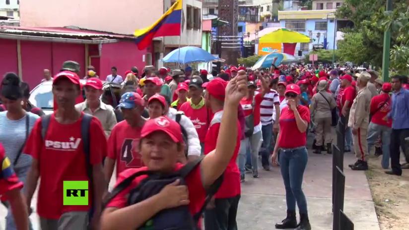 VIDEO: Marchan en Caracas para conmemorar a Hugo Chávez