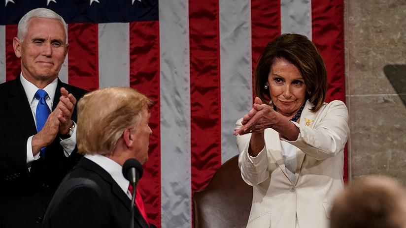 Resultado de imagen para Meme en que aparece la Pelosi aplaudiendo a Trump