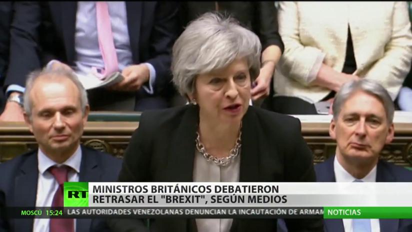 Ministros británicos se habrían reunido en secreto para debatir un retraso del Brexit