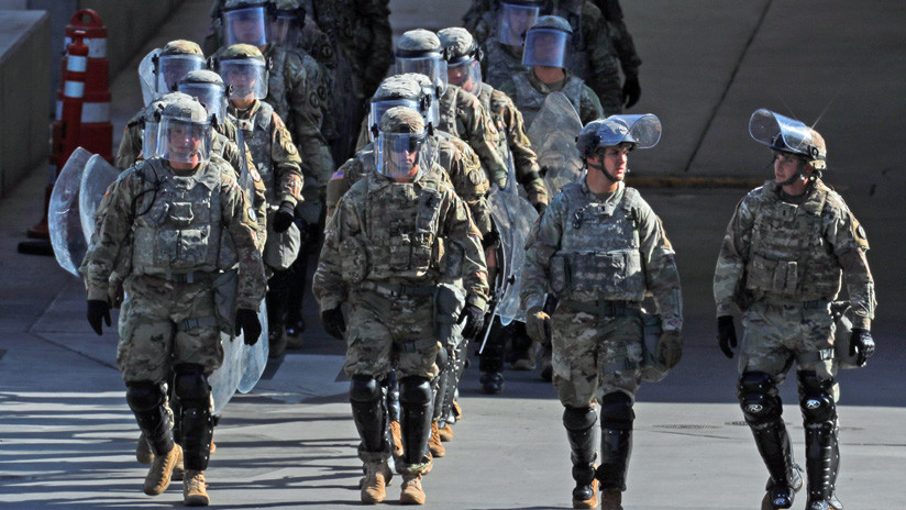 El Pentágono moviliza 250 tropas a la frontera con México por la caravana de migrantes