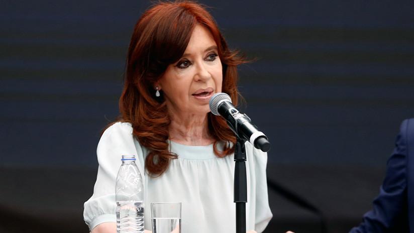 La justicia argentina cita a Cristina Kirchner y 100 empresarios por presunta corrupción en la obra pública