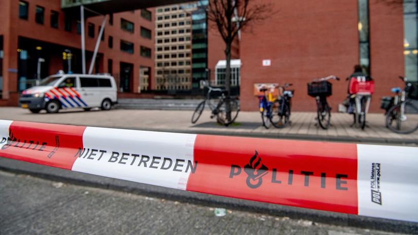 Ámsterdam: Policía mata a un hombre armado cerca de un banco