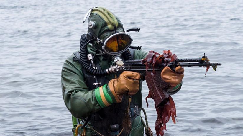 Rusia despliega sus 'hombres rana' en el Ártico