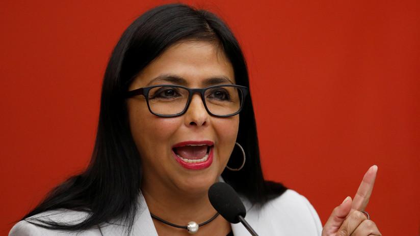 """Delcy Rodríguez, a RT: """"Hay que alejar a Venezuela de esa locura de violencia y de guerra"""""""