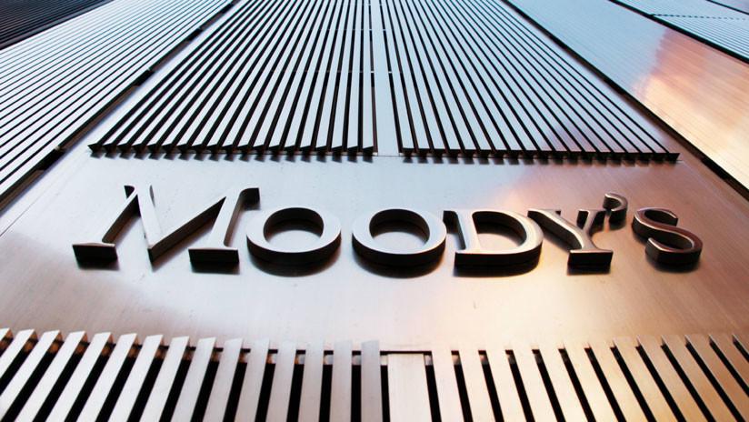 Moody's eleva la calificación de Rusia