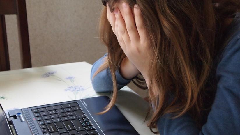 Argentina: Una mujer usa a su hija de 6 años para robar una computadora en una tienda (VIDEO)
