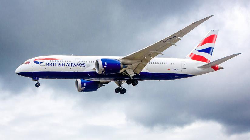 VIDEO: La tormenta Erik frustra el aterrizaje de un avión cuando ya tocaba pista