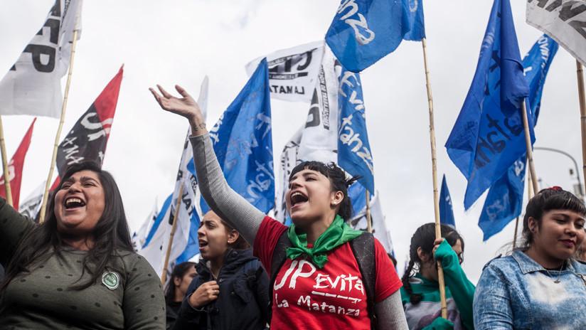 """Movimientos populares argentinos se movilizan para exigir una """"paritaria social"""" que contemple la inflación"""